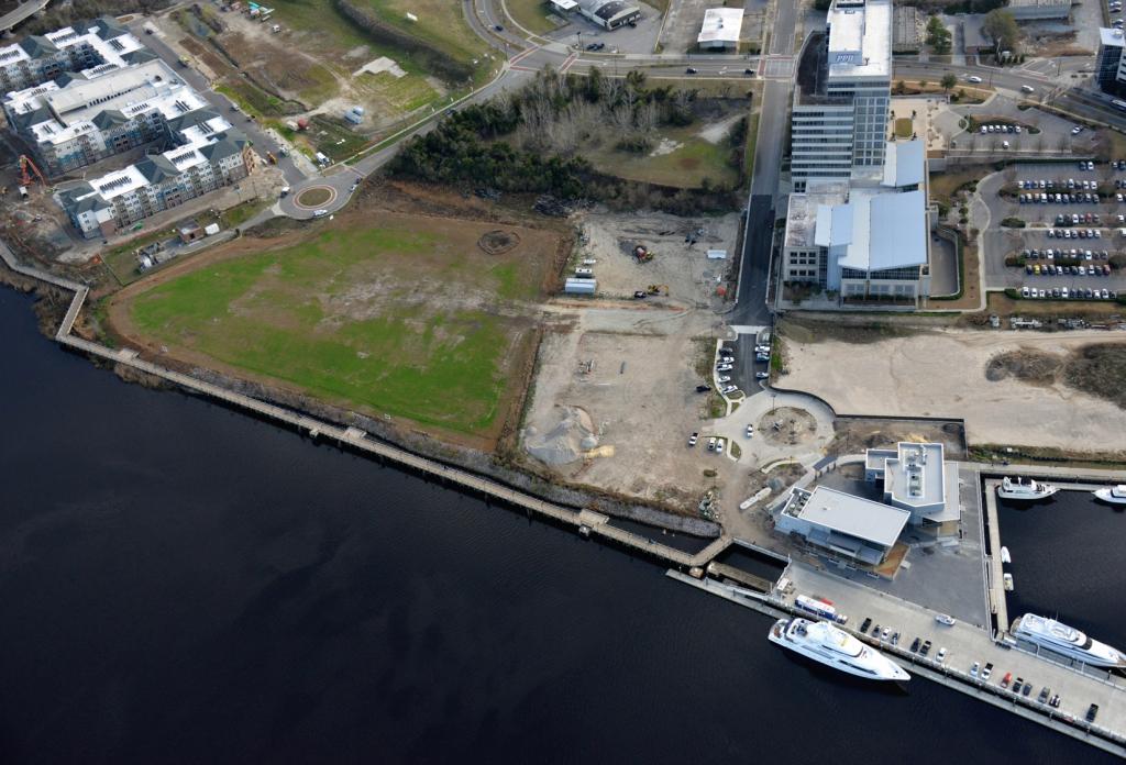 Northern Riverfront Marina 1702220037